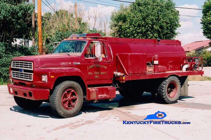 <center> RETIRED <br> Campground  Tanker 4 <br> 1983 Ford F/Local 250/1400 <br> Greg Stapleton photo </center>
