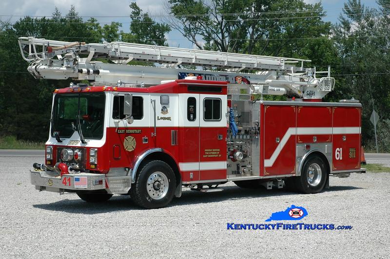 <center> RETIRED <br> East Bernstadt  Ladder 61 <br> x-Voorhies, NJ <br> 1994 Mack MR/Swab 1500/500/65' Telesqurt <br> Greg Stapleton photo </center>