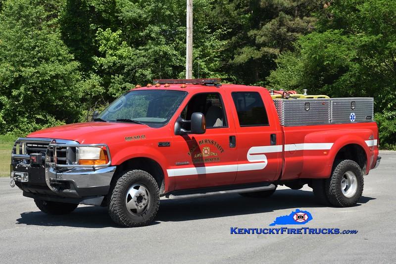 East Bernstadt  Brush 61<br /> x-Burnside, KY<br /> 2003 Ford F-350/FD 250/250<br /> Greg Stapleton photo