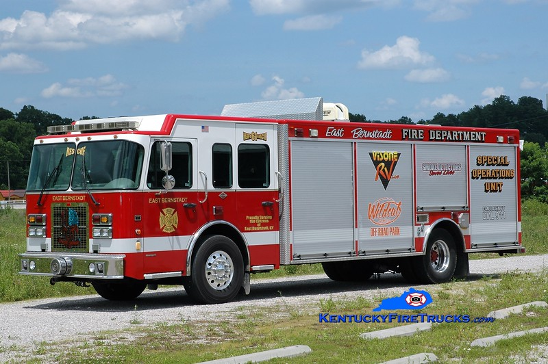 East Bernstadt  Rescue 61<br /> x-Hackensack, NJ<br /> 2006 Spartan Metro Star/Rescue 1<br /> Greg Stapleton photo