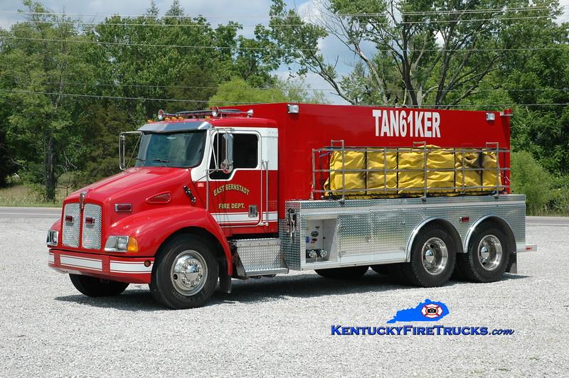 <center> East Bernstadt  Tanker 61 <br> 1996 Kenworth T-300/2011 Wynn 500/3000<br> Greg Stapleton photo </center>
