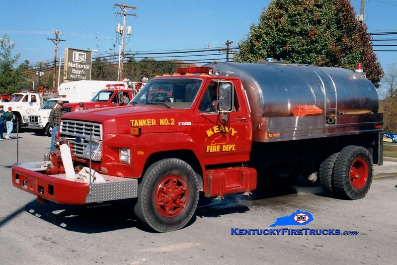 <center> RETIRED <br> Keavy Tanker 2 <br> 1989 Ford F-800/Bluegrass 450/2000 <br> Greg Stapleton photo </center>