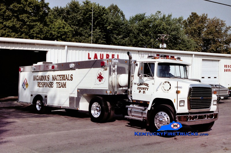 RETIRED<br /> Laurel County  Hazmat 2180<br /> 1978 Ford L/1968 Hesse<br /> Greg Stapleton photo