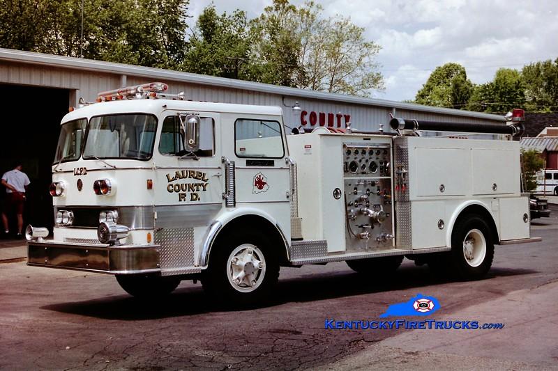 RETIRED <br /> Laurel County Engine 2128 <br /> x-Applegarth, NJ <br /> 1970 Imperial 1000/1000 <br /> Greg Stapleton photo