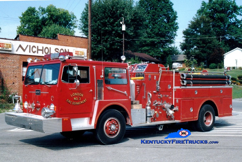 <center> NO LONGER IN SERVICE <br> London  Engine 3 <br> 1974 Hendrickson/Howe 1250/750 <br> Greg Stapleton photo </center>