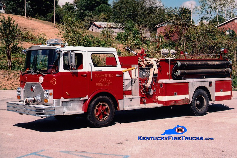 <center> RETIRED <br> x-Rutherford, NJ <br> McWhorter  Engine 1 <br> 1971 Mack CF 1250/500 <br> Greg Stapleton photo </center>