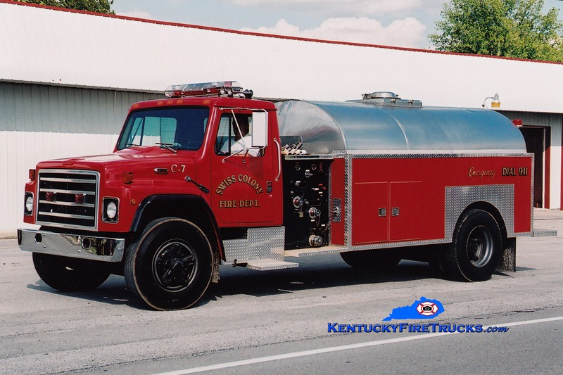 <center> RETIRED <br> Swiss Colony  Tanker 7 <br> 1988 International S/Local 250/2000 <br> Greg Stapleton photo </center>