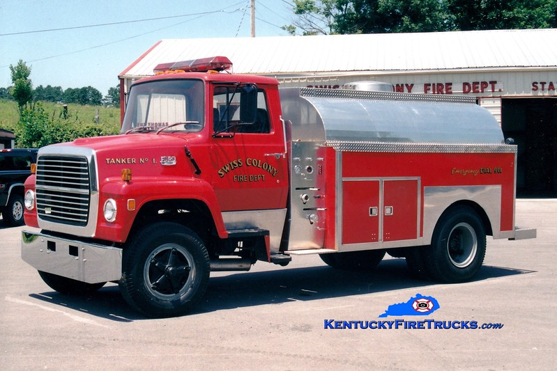 <center> RETIRED <br> Swiss Colony  Tanker 1 <br> 1980 Ford L/Local 0/1800 <br> Greg Stapleton photo </center>