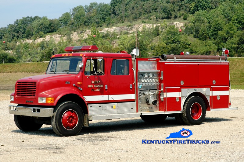 <center> AEP - Big Sandy Plant  Engine 1 <br> 1996 International 4900/E-One 1250/750 <br> Greg Stapleton photo </center>
