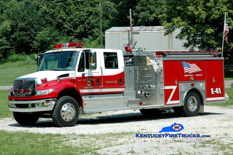 <center> Fallsburg  Engine 41  <br> 2004 International 4400/Crimson 1500/1000 <br> Greg Stapleton photo </center>