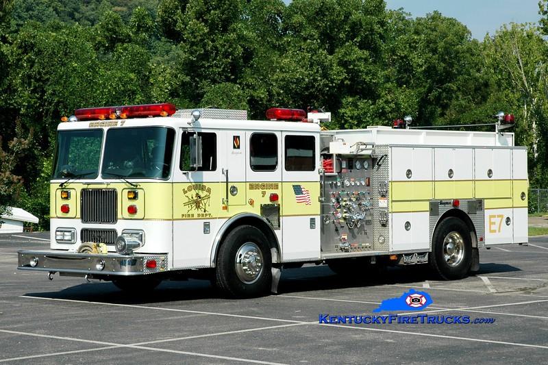 <center> Louisa  Engine 7  <br> x-Pleasure Ridge Park, KY <br> 2003 Seagrave Marauder 1500/700/50 <br> Greg Stapleton photo </center>