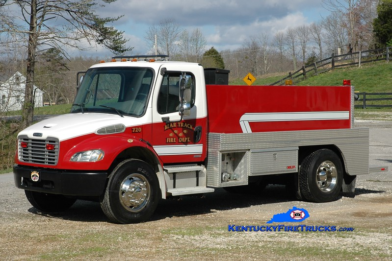 Bear Track  Tanker 720<br /> 2003 Freightliner M2-106/2014 Wynn 250/1600<br /> Greg Stapleton photo