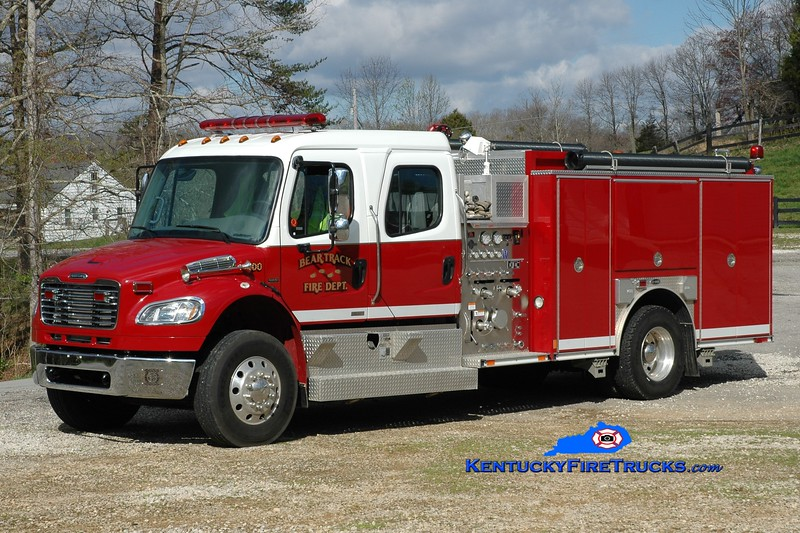 Bear Track  Engine 700<br /> 2007 Freightliner M2-106/E-One 1250/1000<br /> Greg Stapleton photo