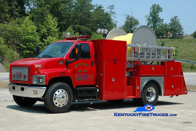 <center> Beattyville  Hose 340  <br> 2009 GMC C7500/PWM <br> Greg Stapleton photo <br> </center>
