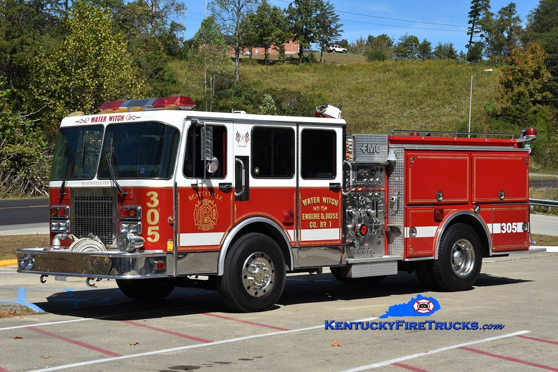Beattyville  Engine 305<br /> x-Farmingdale, NY<br /> 1989 Spartan Gladiator/FMC 1500/500<br /> Greg Stapleton photo
