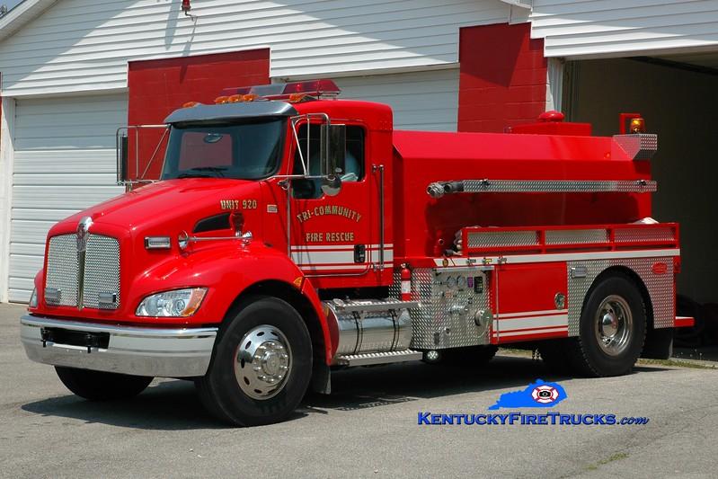 <center> Tri-Community  Tanker 920 <br> 2010 Kenworth T-300/Deep South 450/1800 <br> Greg Stapleton photo </center>