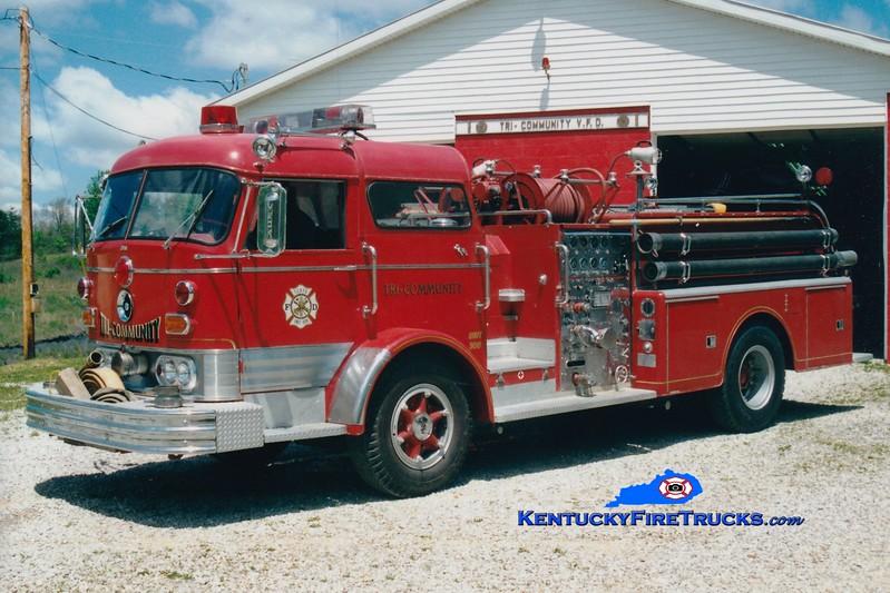 <center> RETIRED <br> Tri-Community  Engine 300 <br> 1966 Mack C 1000/500 <br> Greg Stapleton photo </center>