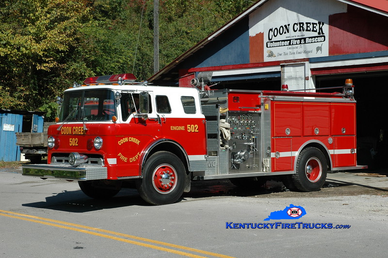 <center> Coon Creek  Engine 502  <br> x-Taylor Mill, KY  <br> 1986 Ford C-8000/FMC/Summit 1000/1000 <br> Greg Stapleton photo </center>