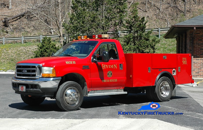 Hyden-Leslie County  Rescue 303<br /> x-Laurel County EMS, KY<br /> 2002 Ford F-450 4x4/Stahl/ABC Rescue<br /> Greg Stapleton photo