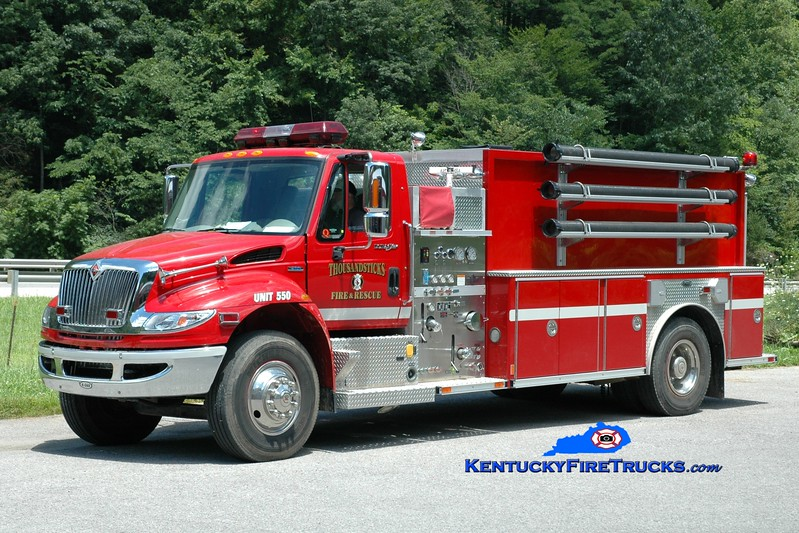 <center> Thousandsticks  Tanker 550  <br> 2007 International 4400/E-One 500/2000 <br> Greg Stapleton photo <br> </center>