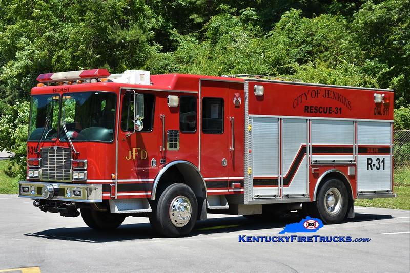 Jenkins  Rescue 31<br /> x-Newton Ransom, PA<br /> 1998 HME 4x4/Saulsbury 1250/500<br /> Greg Stapleton photo