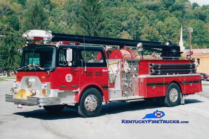 <center> RETIRED <br> Jenkins  Ladder 10 <br> x-Bloomingdale, NJ <br> 1979 Mack CF 1000/500/50' Telesqurt <br> KME refurb <br> Greg Stapleton photo <br> </center>