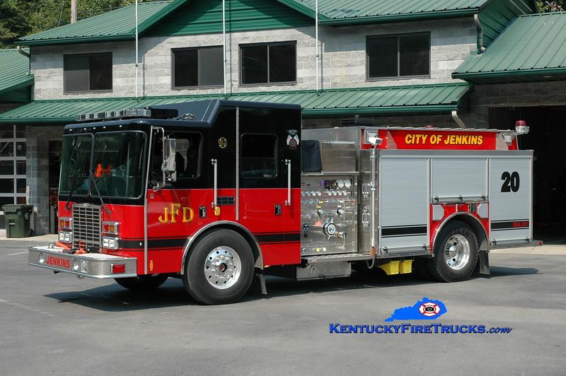 <center> Jenkins  Engine 20 <br> 2011 HME 1871-SFO Silverfox 1250/1000 <br> Greg Stapleton photo <br> </center>