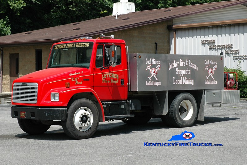 <center> Letcher  Tanker 1 <br> 2003 Freightliner FL70/Reynolds 250/1500 <br> Greg Stapleton photo <br> </center>