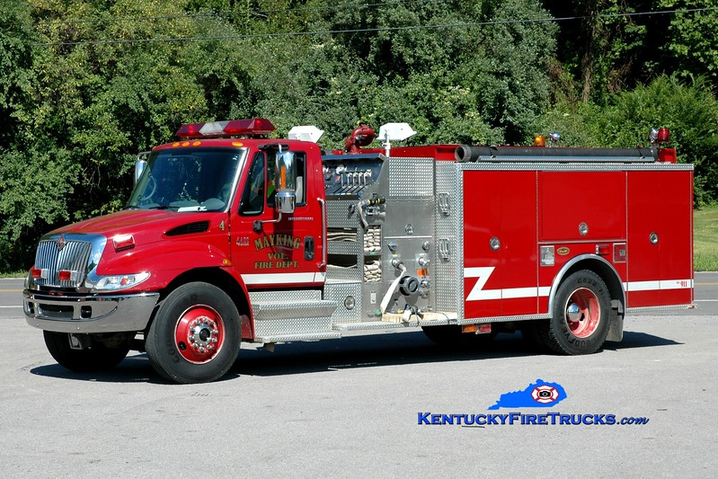 <center> Mayking  Engine 4 <br> 2001 International 4400/KME 1250/1000 <br> Greg Stapleton photo <br> </center>