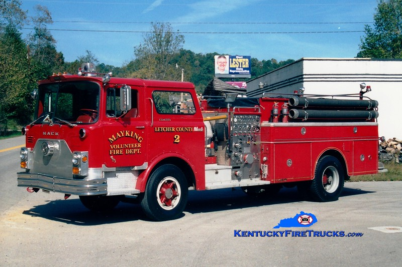 <center> RETIRED <br> Mayking  Engine 2 <br> x-Darlington, MD <br> 1970 Mack CF 1000/1250 <br> Greg Stapleton photo <br> </center>