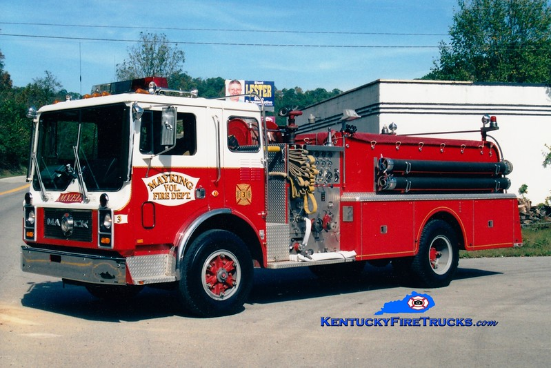 <center> Mayking  Engine 3 <br> x-Calcutta, OH <br> 1983 Mack MC 1000/1000 <br> Greg Stapleton photo <br> </center>