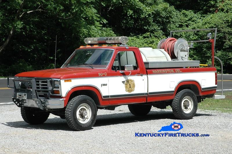 <center> Sandlick  Brush 1 <br> x-Harrington, DE <br> 1984 Ford F-350 4x4/Local 250/200 <br> Greg Stapleton photo <br> </center>