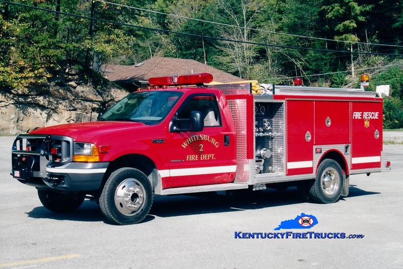 <center> Whitesburg  Rescue 2 <br> 2000 Ford Ford F-550 4x4/FES 350/300 <br> Greg Stapleton photo </center>