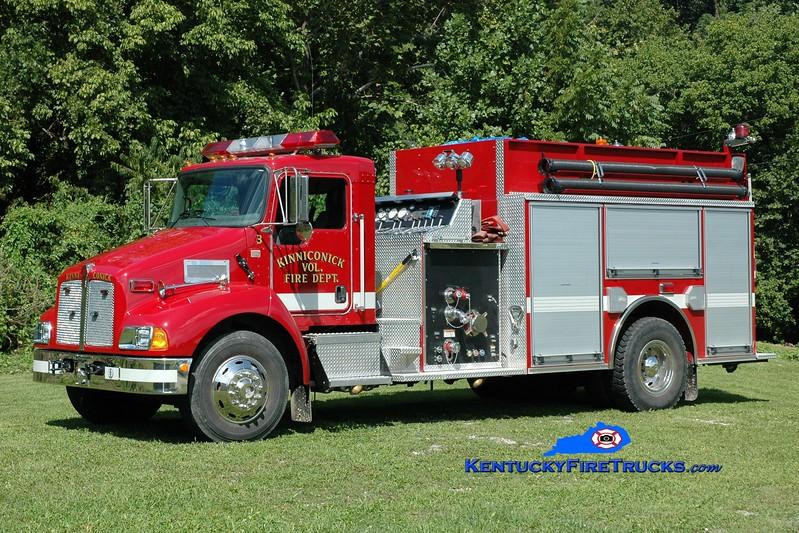 <center> Kinniconick  Engine 3 <br> 2004 Kenworth T-800/Pierce 1250/1500 <br> Greg Stapleton photo </center>