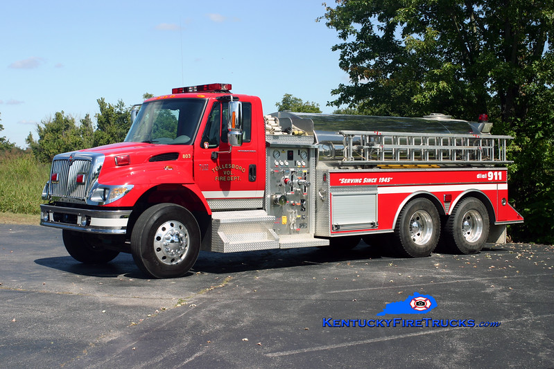 <center> Tollesboro  Tanker 803 <br> 2002 International 7400/Bluegrass 1000/2500 <br> Kent Parrish photo </center>