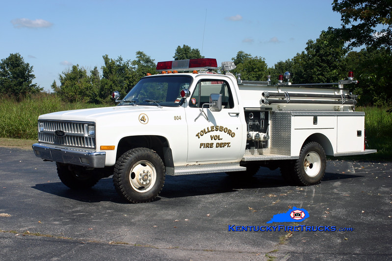 <center> Tollesboro  Engine 804 <br> 1981 Chevy K30 4x4/Pierce 300/250 <br> Kent Parrish photo </center>