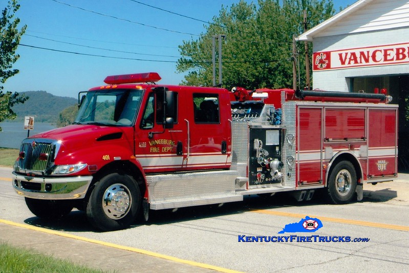 <center> Vanceburg  Engine 401 <br> 2003 International 4400/Pierce 1250/1000 <br> Greg Stapleton photo </center>
