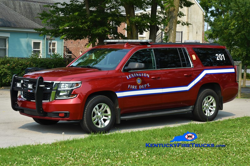 Lexington Car 201<br /> 2015 Chevy Suburban 4x4<br /> Greg Stapleton photo