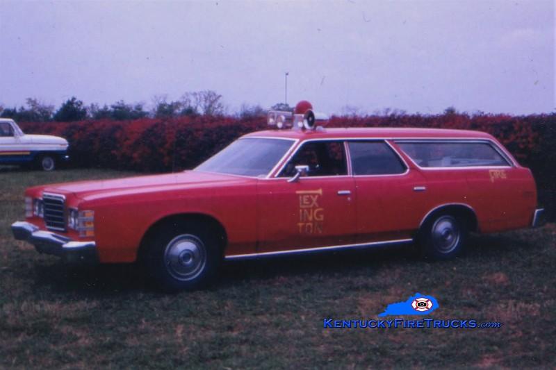 Lexington Car 201<br /> 1976 Ford<br /> Greg Stapleton photo
