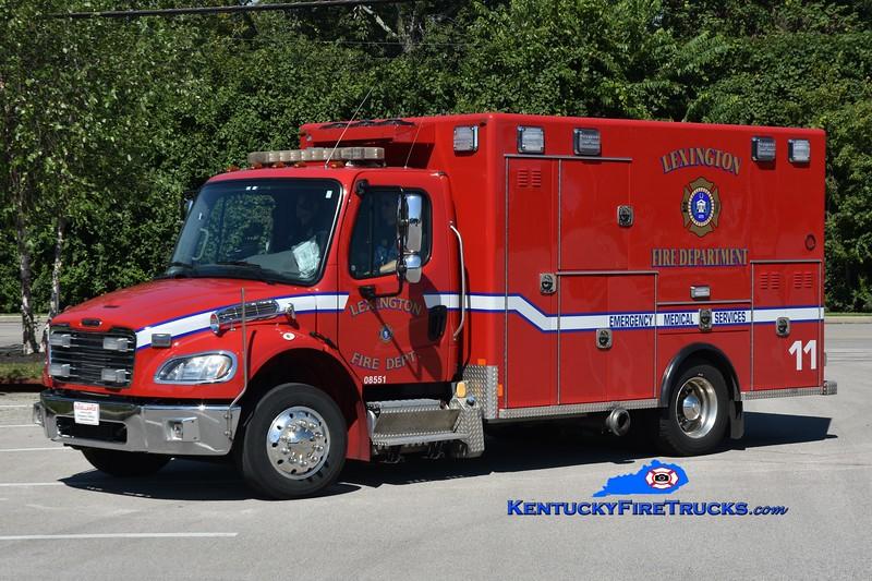 Lexington Emergency Care 11<br /> 2021 Freightliner M2-106/2014 Excellance <br /> Greg Stapleton photo