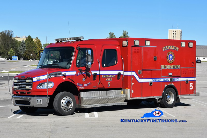 Lexington Emergency Care 5<br /> 2009 Freightliner M2-106/Excellance<br /> Greg Stapleton photo