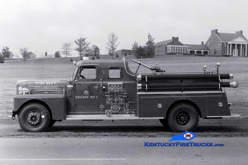 <center> RETIRED <br> Lexington  Engine 1 <br> 1962 Pirsch 1000/200 <br> Greg Stapleton collection </center>