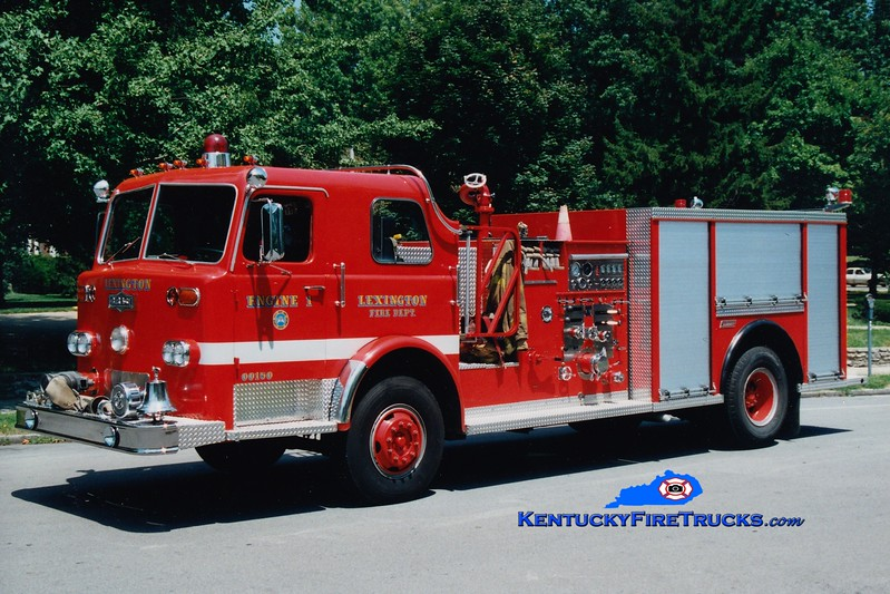<center> RETIRED <br> Lexington  Engine 1 <br> 1976 Pirsch/1985 LFD/1993 Summit 1250/500 <br> Greg Stapleton photo </center>