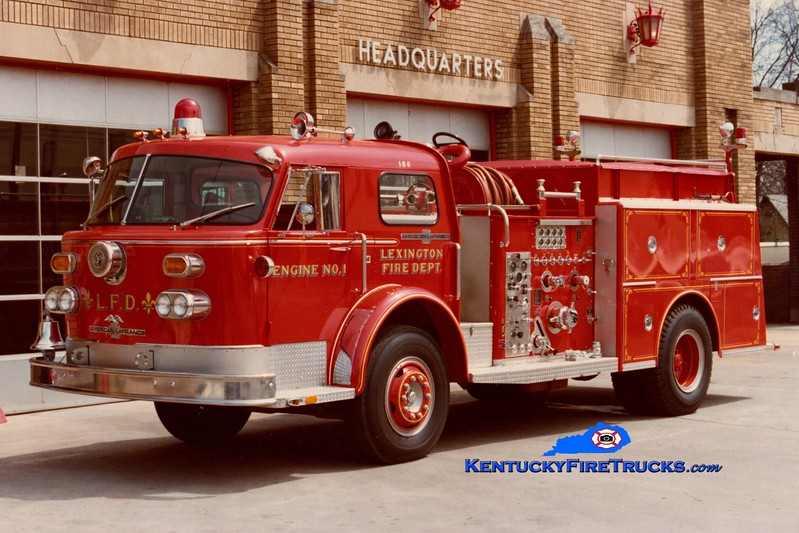 <center> RETIRED <br> Lexington  Engine 1 <br> 1974 American LaFrance 1000 Series 1500/500 <br> Greg Stapleton collection </center>