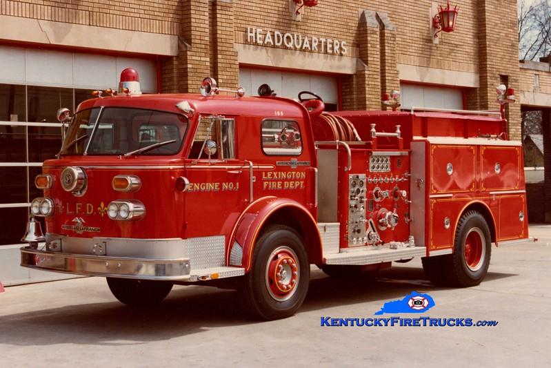 <center> RETIRED <br> Lexington  Engine 1 <br> 1974 American LaFrance 1000 Series 1500/500 <br> Greg Stapleton collection </center>