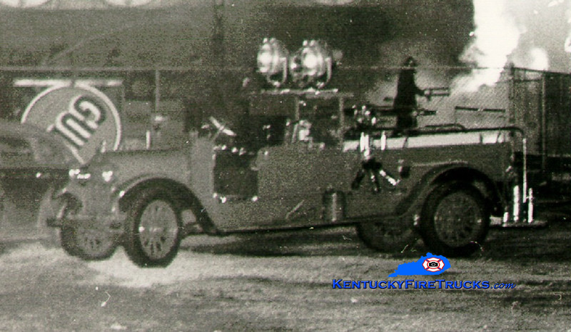 <center> RETIRED <br> Lexington  Hose & Turret 1 <br> 1926 Reo/1894 Seagrave <br> Greg Stapleton collection </center>