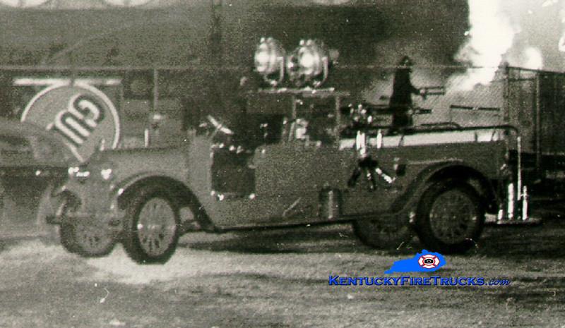 <center> RETIRED <br> Lexington  Hose & Turret 1 <br> 1926 Reo/1894 Seagrave <br> Greg Stapleton collection </center>