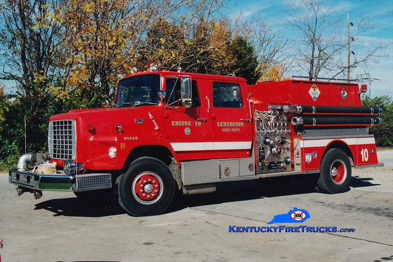 <center> RETIRED <br> Lexington, KY  Engine 10 <br> 1983 Ford LS/American LaFrance 1250/1000 <br> Greg Stapleton photo </center>