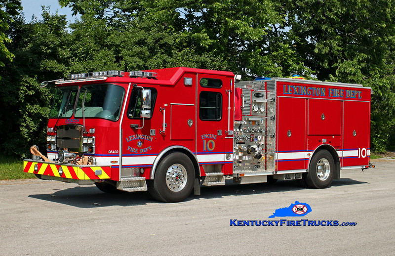 Lexington  Engine 10<br /> 2015 E-One Typhoon 1500/980/20/30<br /> Kent Parrish photo