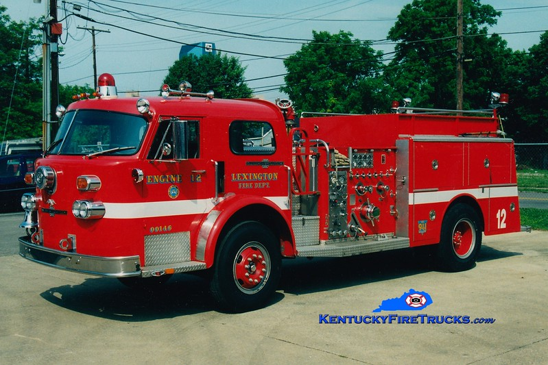 <center> RETIRED <br> Lexington, KY  Engine 12 <br> x-Engine 1 <br> 1974 American LaFrance 1000 1500/500 <br> Greg Stapleton photo </center>